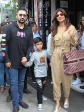 Shilpa Shetty Steps Out With Family