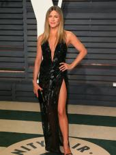 Jennifer Aniston and The Times She Aced Red Carpet Looks