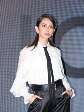 Rakul Preet Dons Quirky Outfit