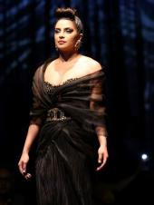 Priyanka Chopra's Edgy Look Is Turning Heads