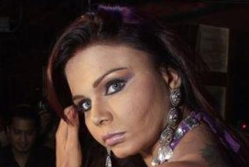 Rakhi Sawant in gun controversy