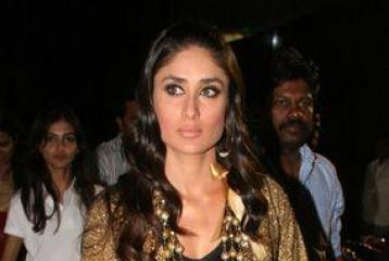 Is Kareena not promoting her film with Shahid?