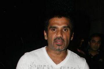 Suniel Shetty's daughter to enter Bollywood