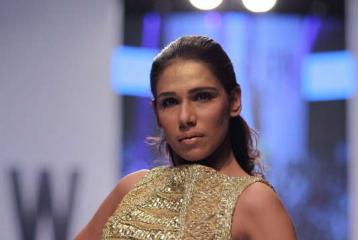 Fashion Pakistan Week 2014: Eximius by Adnan Pardesy