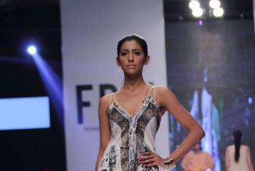 Fashion Pakistan Week 2014: Deepak Perwani