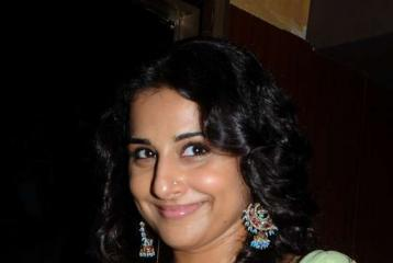 Vidya Balan in Dubai on 23 June - Find Out Where You Can Meet Her!