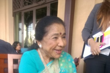 'How Can Our Legacy Be Matched With Songs Like Halkat Jawani and Zandu Balm?': Asha Bhosle