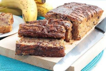 Grand Mills Recipe of the Day: Crazy Mix (Chocolate & Banana Cake)