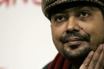 Anurag Kashyap Files FIR Against User who Threatened his Daughter