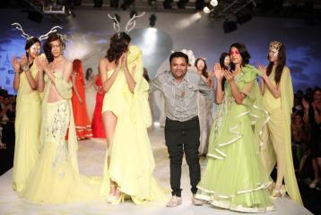Gaurav Gupta To Close Lakmé Fashion Week Winter/Festive 2015