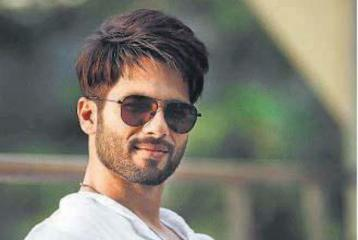 Who Is This Mystery Girlfriend Who Allegedly Cheated on Shahid Kapoor?