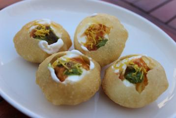 Recipe of the Day: Dahi Batata Puri