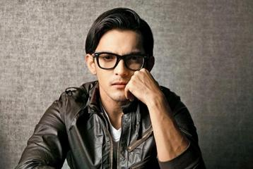 Aditya Narayan Arrested After Causing Accident But What He Did Next Will Surprise You