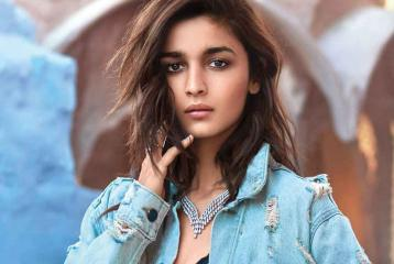 Alia Bhatt to Play an Amputee Mountaineer in her Next Movie