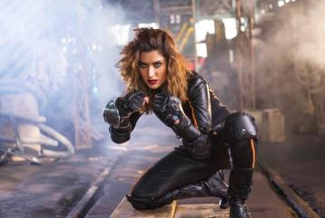 """Mehwish Hayat Speaks About Chhalawa and Patriarchy in Pakistan: """"Women are Breadwinners Too!"""""""