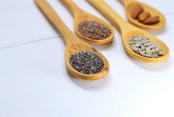 5 Super Healthy Seeds You Should Eat