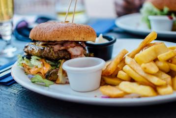 Fan of Junk Food? Here's Why You Have to Cut Down ASAP!