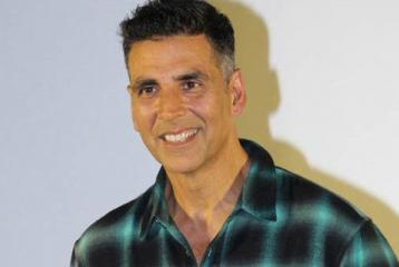 Akshay Kumar Rumoured to Charge THIS Much For Aanand L Rai's Film
