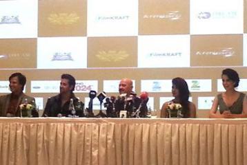 Hrithik Roshan, Priyanka Chopra and Kangana Ranaut in Dubai!