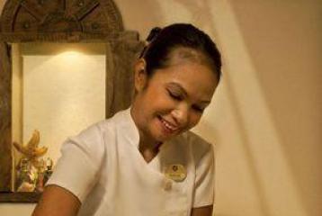 Enjoy a divine chocolate massage at Taj Spa