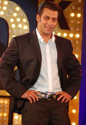 Salman calls Azharuddin