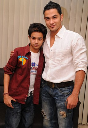 Indian Idol 4 contestant meets Bollywood look-alike