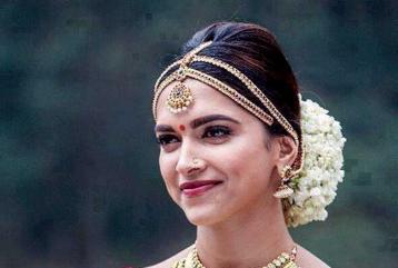 Deepika Padukone To Kangana Ranaut; Bollywood Stars Who Attempted Regional Roles