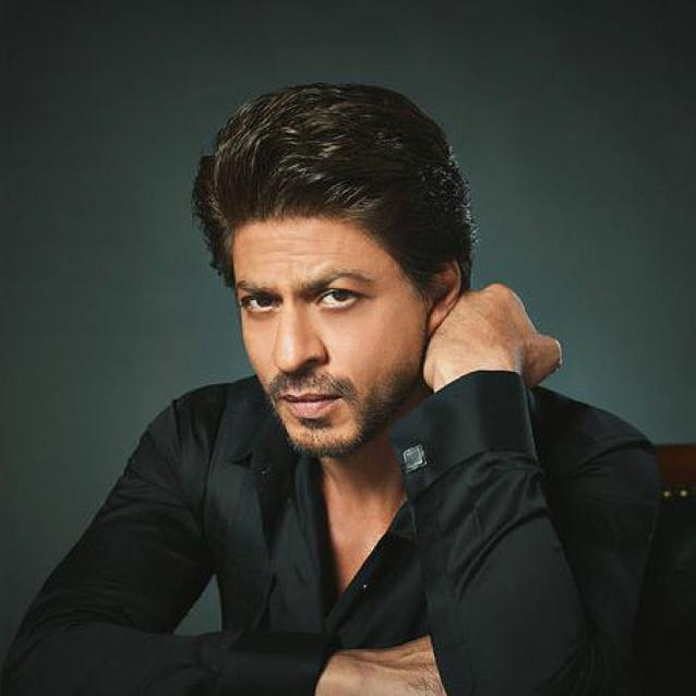 """Fatima Bhutto: """"Shah Rukh Khan Gives A Lot Of Time To People Who Notice Him"""""""