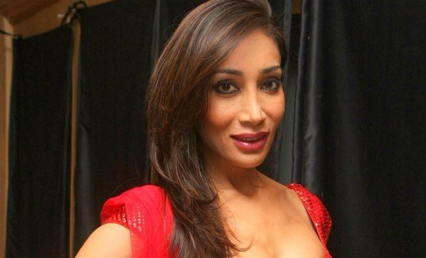 Bigg Boss-Saath 7 Update: Sofia Hayat Files Complaint Against Armaan Kohli