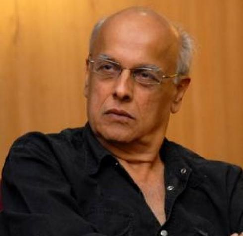 Mahesh Bhatt is 'Living Dangerously': Pooja Bhatt Rubbishes Reports About the Filmmaker's Death