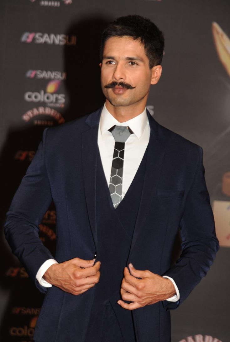 This is Who Shahid Kapoor Doesn't Talk to Anymore