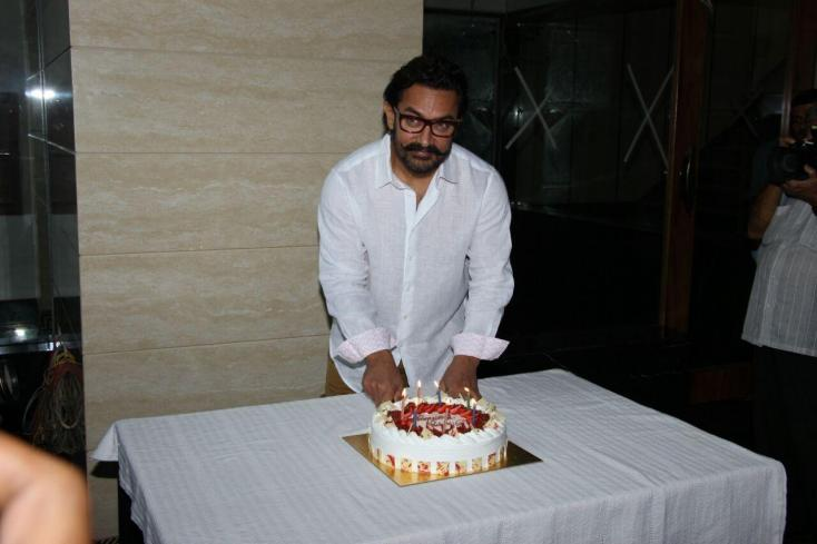 Aamir Khan is Celebrating his 52nd Birthday Today!