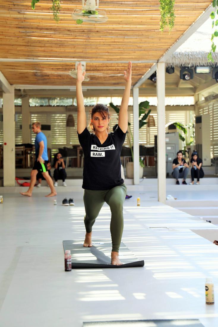Check Out Jacqueline Fernandez's Hot Yoga Moves In Dubai!