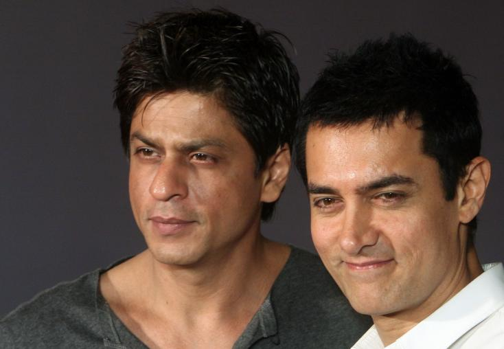 Is Shah Rukh Khan Planning to Step Into Aamir Khan's Shoes?