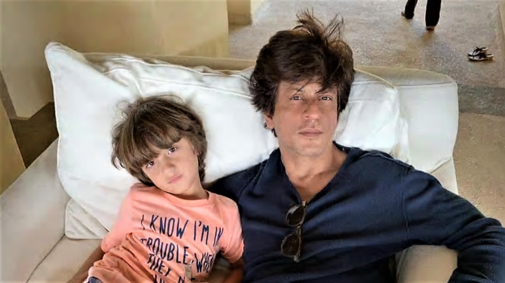 These Latest Photos of Shah Rukh Khan and Son Abram will Make You Go aww
