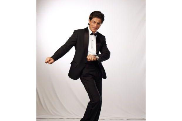 Video: Shah Rukh Khan Busting a Move with Chris Martin!
