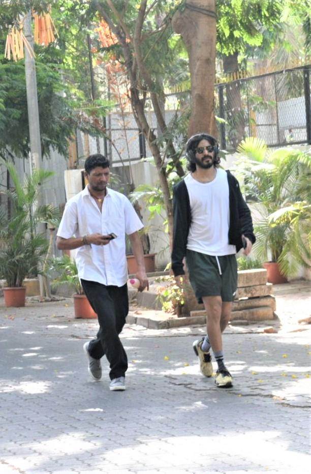 Harshvardhan Kapoor was spotted by the paparazzi