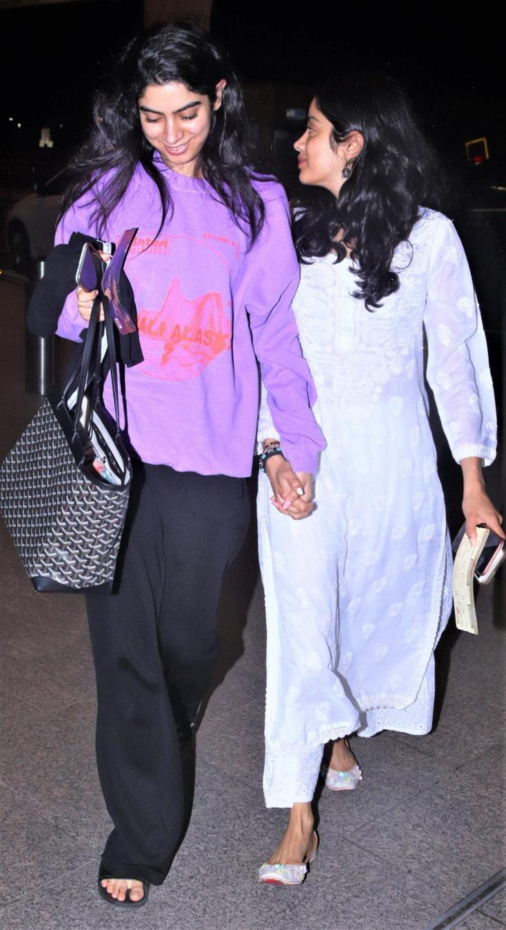 Khushi Kapoor and Janhvi Kapoor were spotted holding hands at the airport