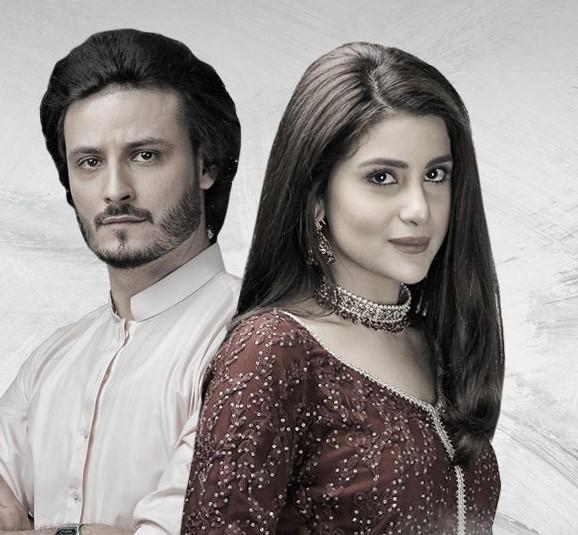 Surkh Chandni Episode 23 & 24:  Jawad's Aggression Heightens