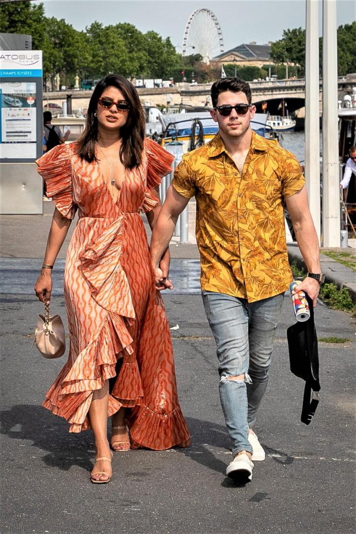 Nick Jonas Just Saved Priyanka Chopra from This ONE THING And This is the first time!