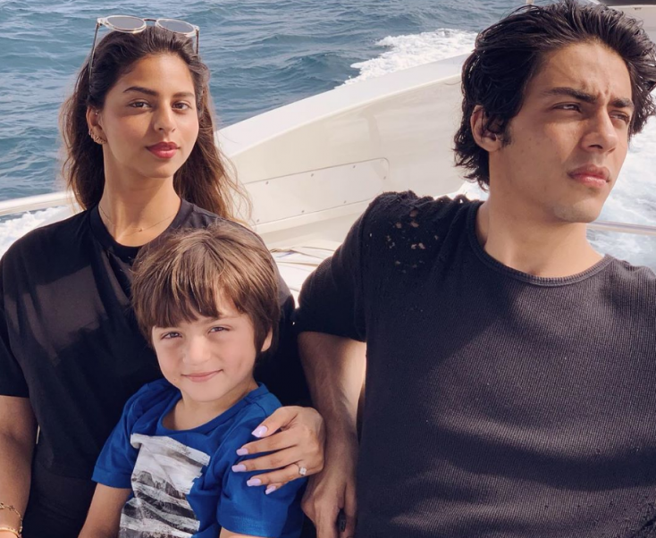 """Gauri Khan Posts Aww-Dorable Picture of Her """"Three Little Kids"""" On a Boat in The Maldives!"""
