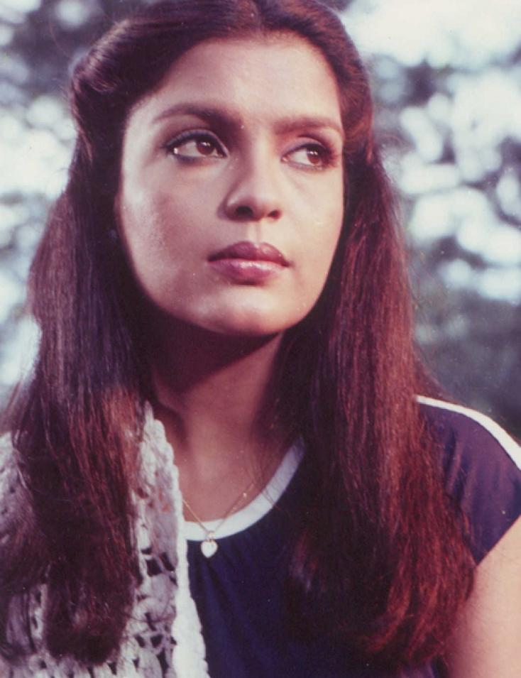 When Zeenat Aman was THRASHED in Public by an Actor and His Wife – Blast from the Past