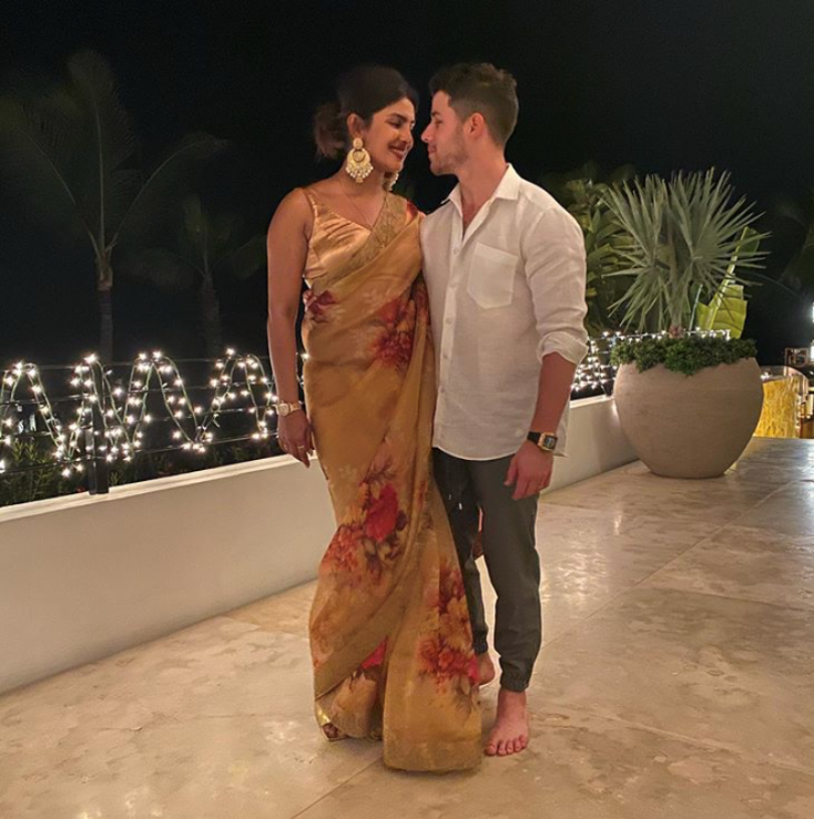 Priyanka Chopra Celebrates Diwali With Husband Nick Jonas In Indian Style