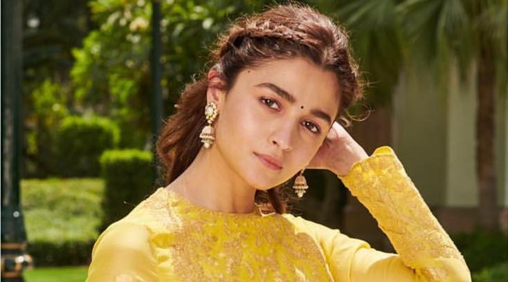 Sanjay Leela Bhansali Plans to Make Changes to Alia Bhatt's Role as a Courtesan in Gangubai Kathiawadi. This is How