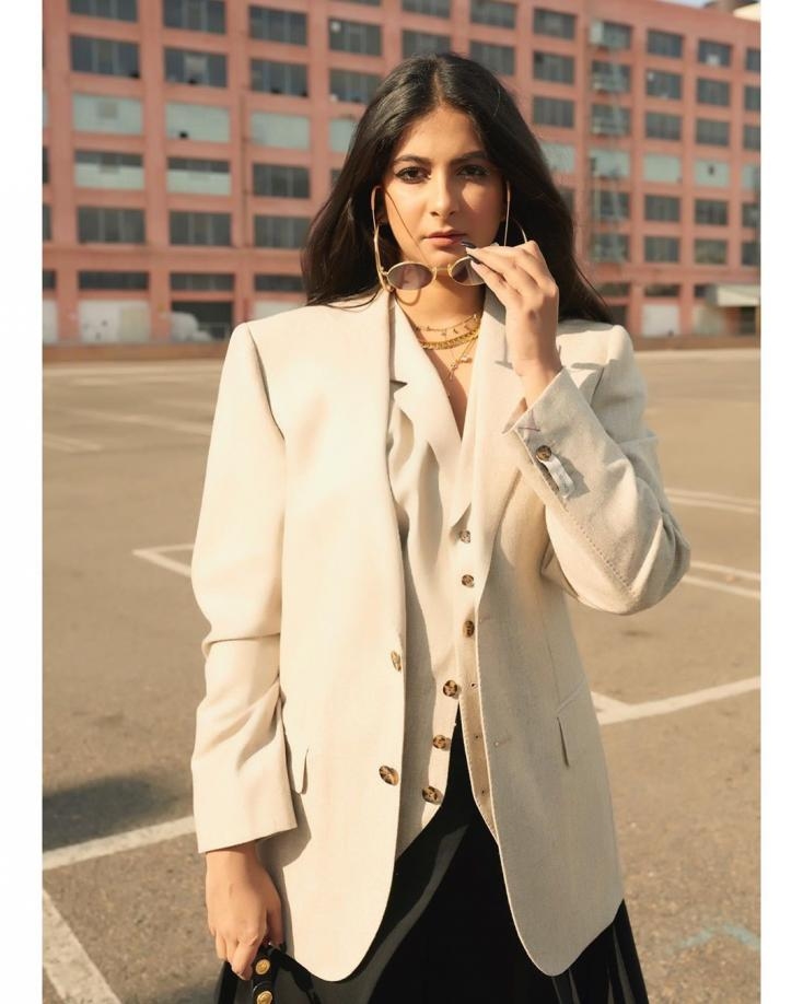 Rhea Kapoor donned an oversized blazer as she posed for a sunkissed picture.