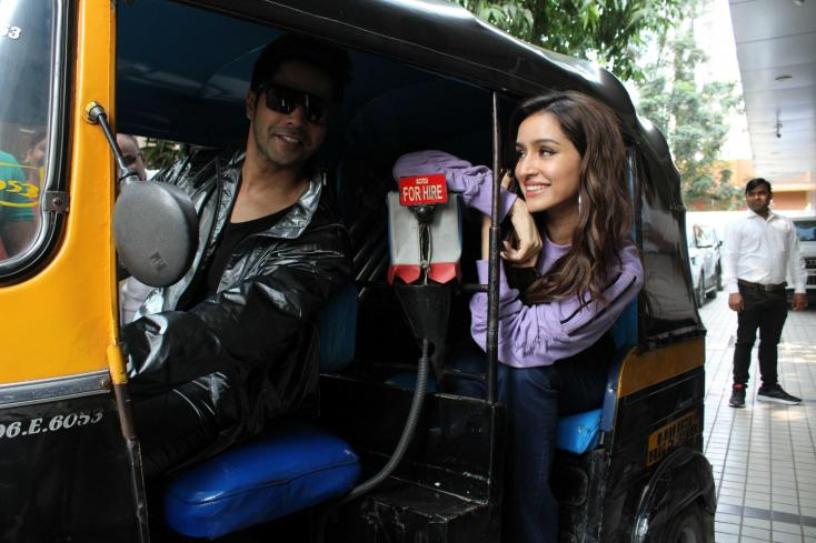 Varun Dhawan and Shraddha Kapoor made their entry for the promotional shoot in an auto.