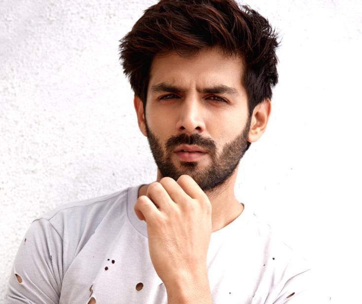 Kartik Aaryan's Pati, Patni Aur Woh: Astrological Predictions on the Movie's Fate