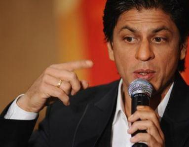 Sort out the issue with me, says Shah Rukh