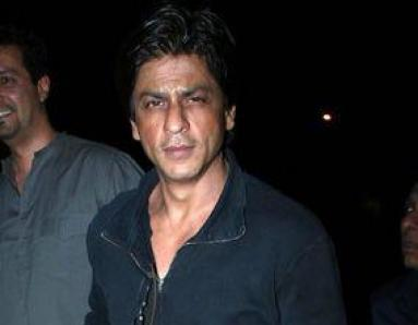 Shah Rukh 'tired' of Shiv Sena controversy