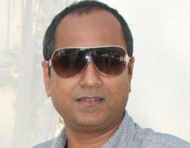 Why is Vipul Shah guarding look of 'Action Replay'?